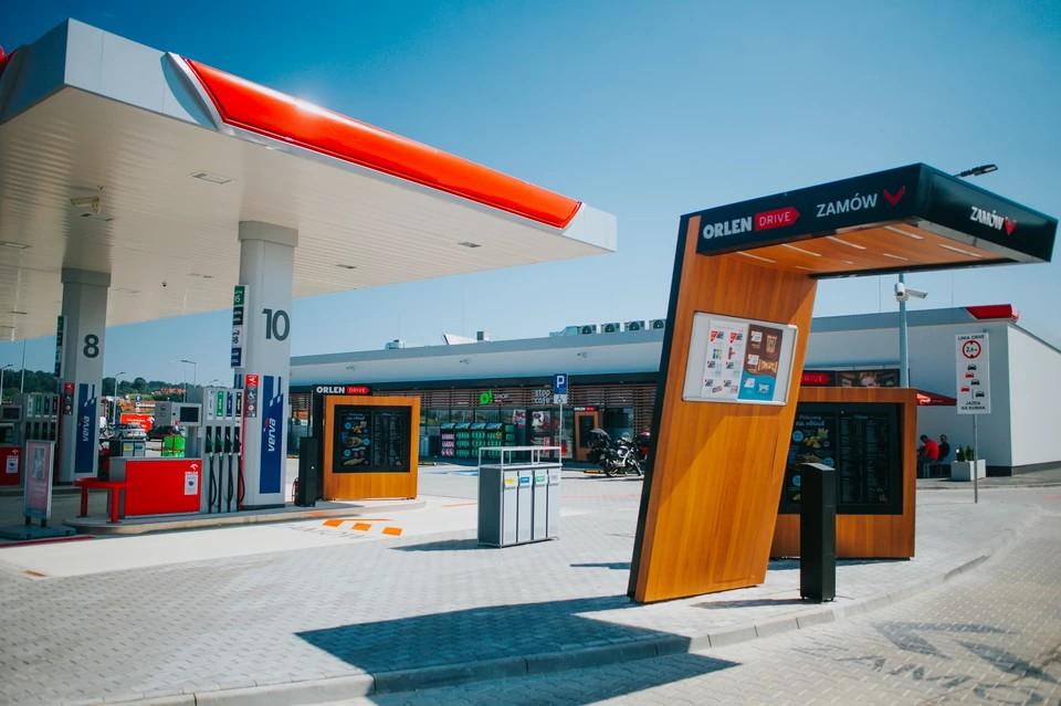 transport-kołowy-stacja-paliw1