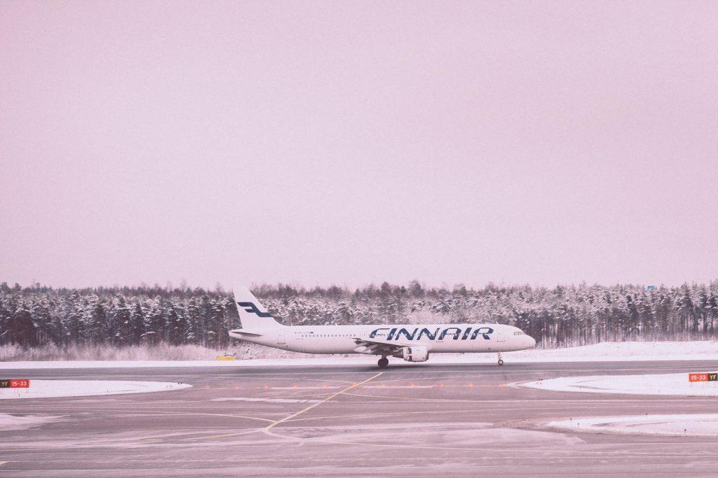 Transport samolotowy – odladzanie samolotów