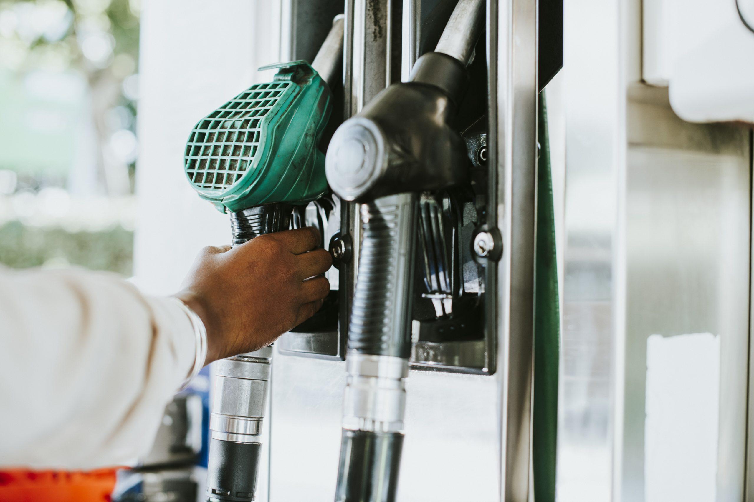 Rodzaje paliw – nowe oznaczenia na stacjach paliw